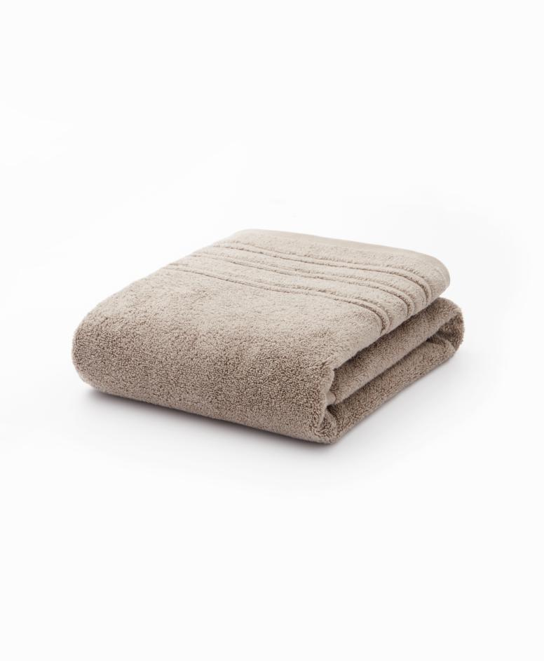 Beżowy ręcznik łazienkowy bawełniany